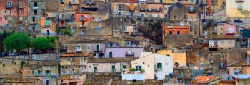 Land for housing integration of resettlements
